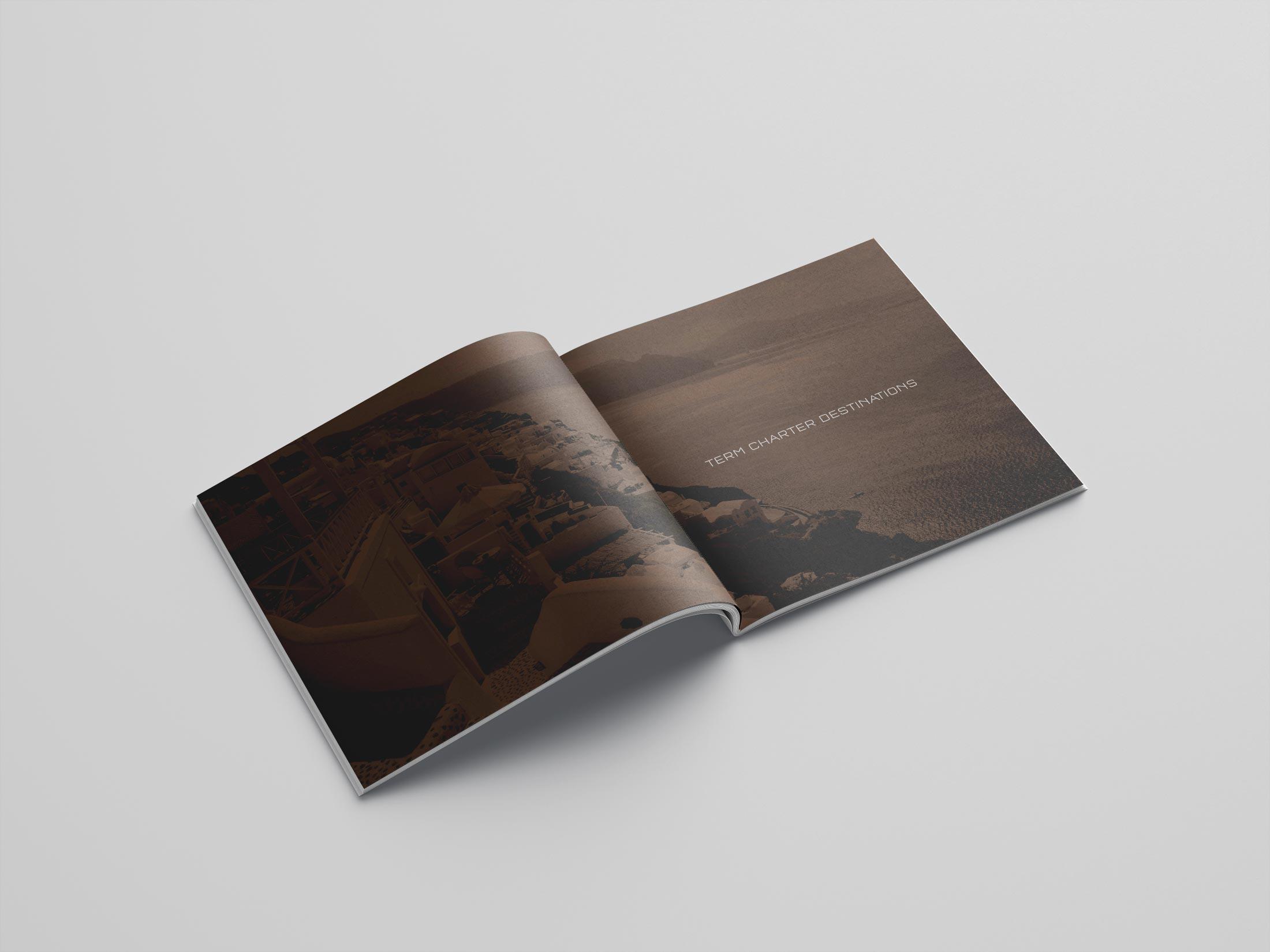 brochure dossier separator